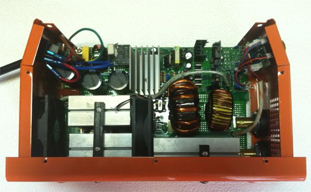 Вид платы сварочного инвертора Schweis ST300