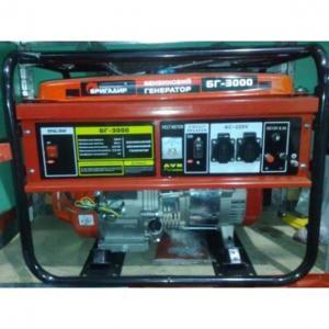 Бензиновый генератор Бригадир БГ 3000